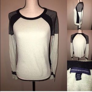American Eagle Outfitter Long Sleeve Sweater